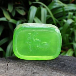English Cucumber & Green Avocado soap (The Victorian Garden)
