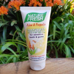 Aloe & Propolis Toothpaste (Nature Fresh)