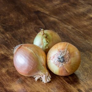 Organic Brown Onion, +-1kg (Urban Fresh)